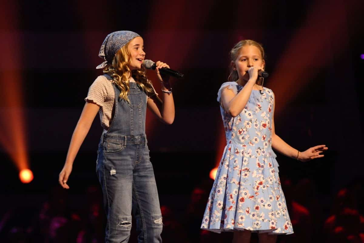 Holly and Emily perform.