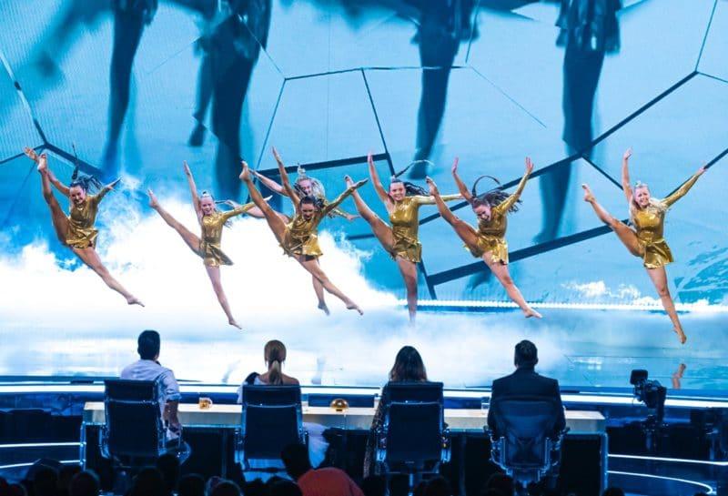 Dancers Mersey Girls