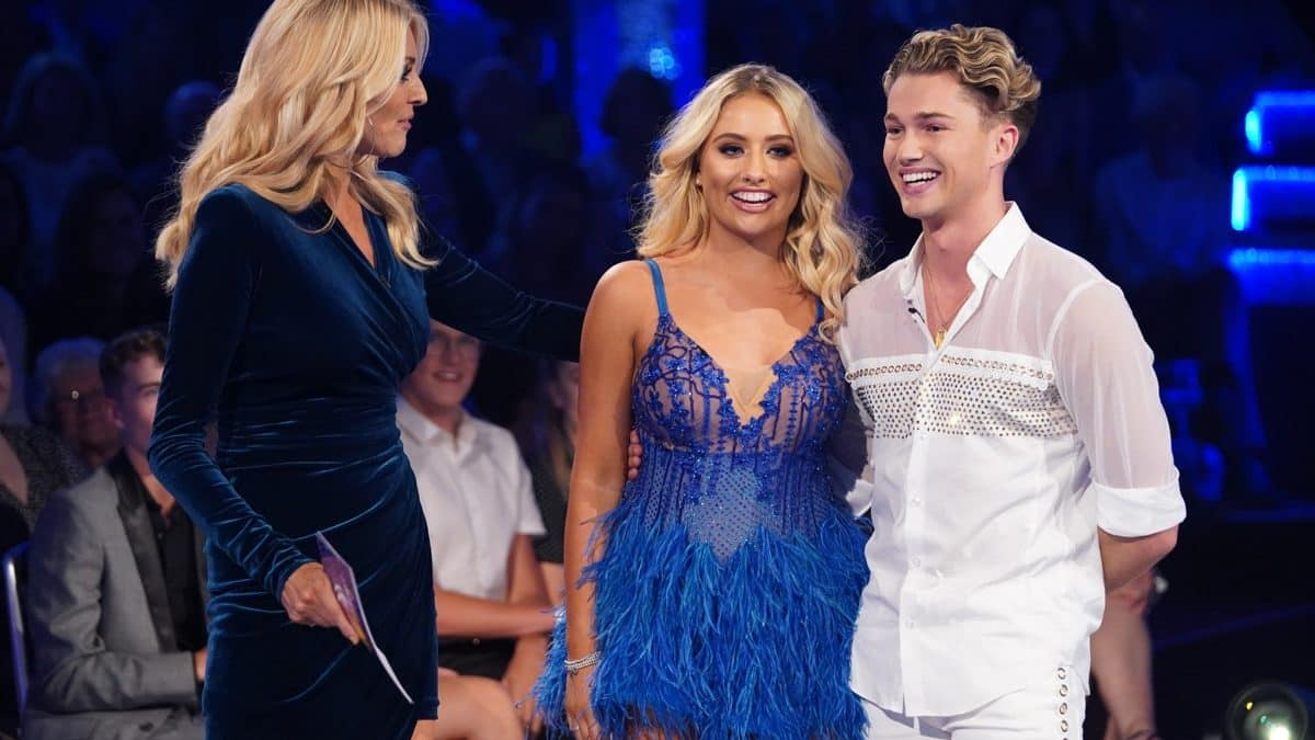 RATINGS! 8 million watch Strictly Come Dancing launch